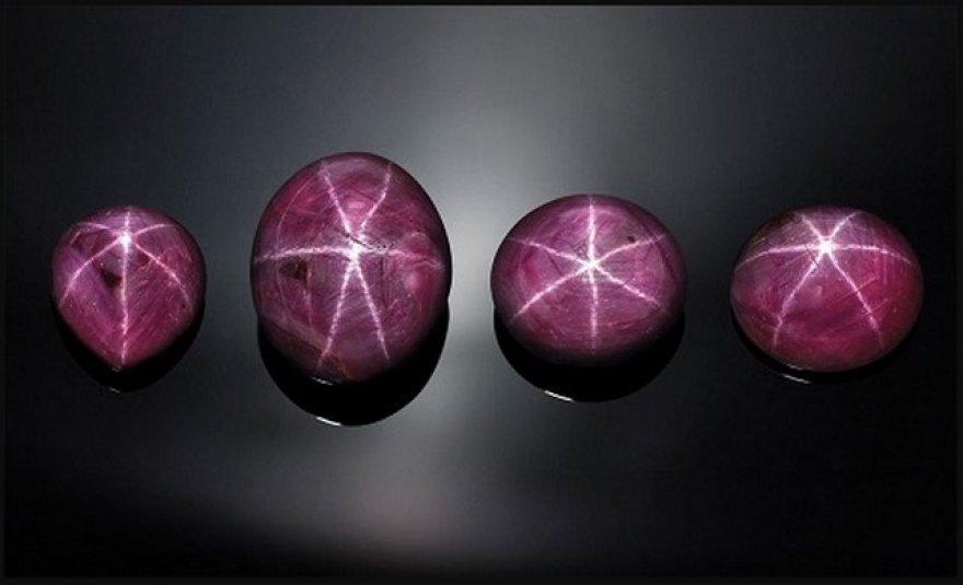 Đá ruby sao cực hiếm trị giá gần 100 triệu USD